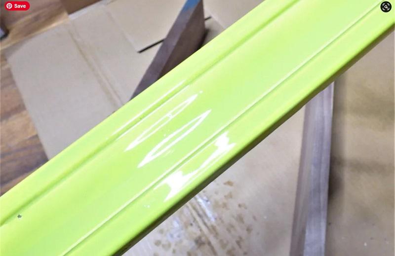 Chờ sơn khô và phủ tiếp các lớp còn lại